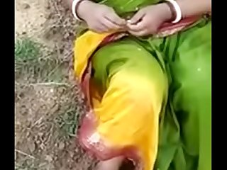 village aunty blowjob fuck with lover in open field mms
