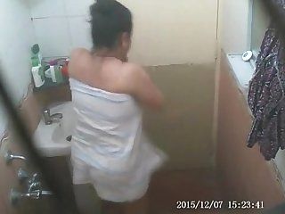 Indian mom caught nude while taking bath in hidden camera